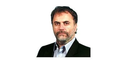 El campo está lejos del poder político, por Cristian Mira