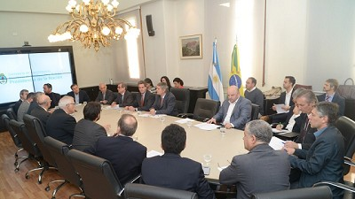 Argentina y Brasil reunidos para potenciar la bioindustria regional