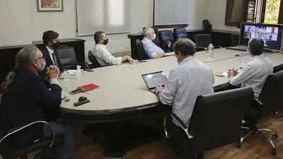 Basterra encabezó la segunda reunión con la mesa intersectorial del maíz