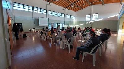 Mastellone Hnos. lanza un programa educativo destinado a escuelas agro-técnicas pensando en los tambos del futuro