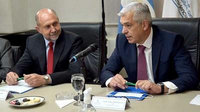 El ministro Julián Domínguez junto al gobernador Omar Perotti presidieron el Consejo Federal Agropecuario