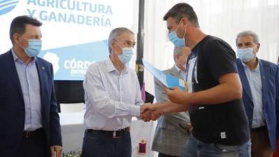 En Leones la Provincia de Córdoba entregó más de $31 millones a productores por Buenas Prácticas